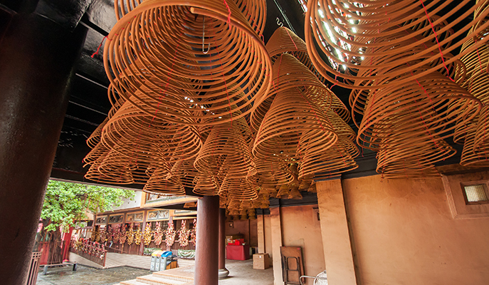 Incense coils in Che Kung Temple