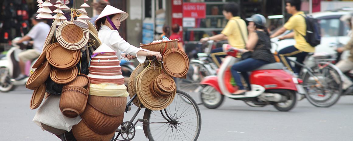A street vendor in Hanoi's Old Quarter