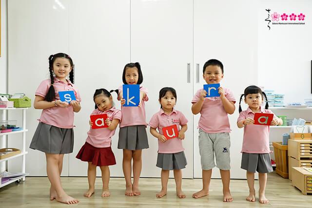 Phát triển ngôn ngữ cho trẻ theo từng giai đoạn nhạy cảm