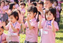 trẻ mầm non hăng say tham gia hoạt động ngoại khóa