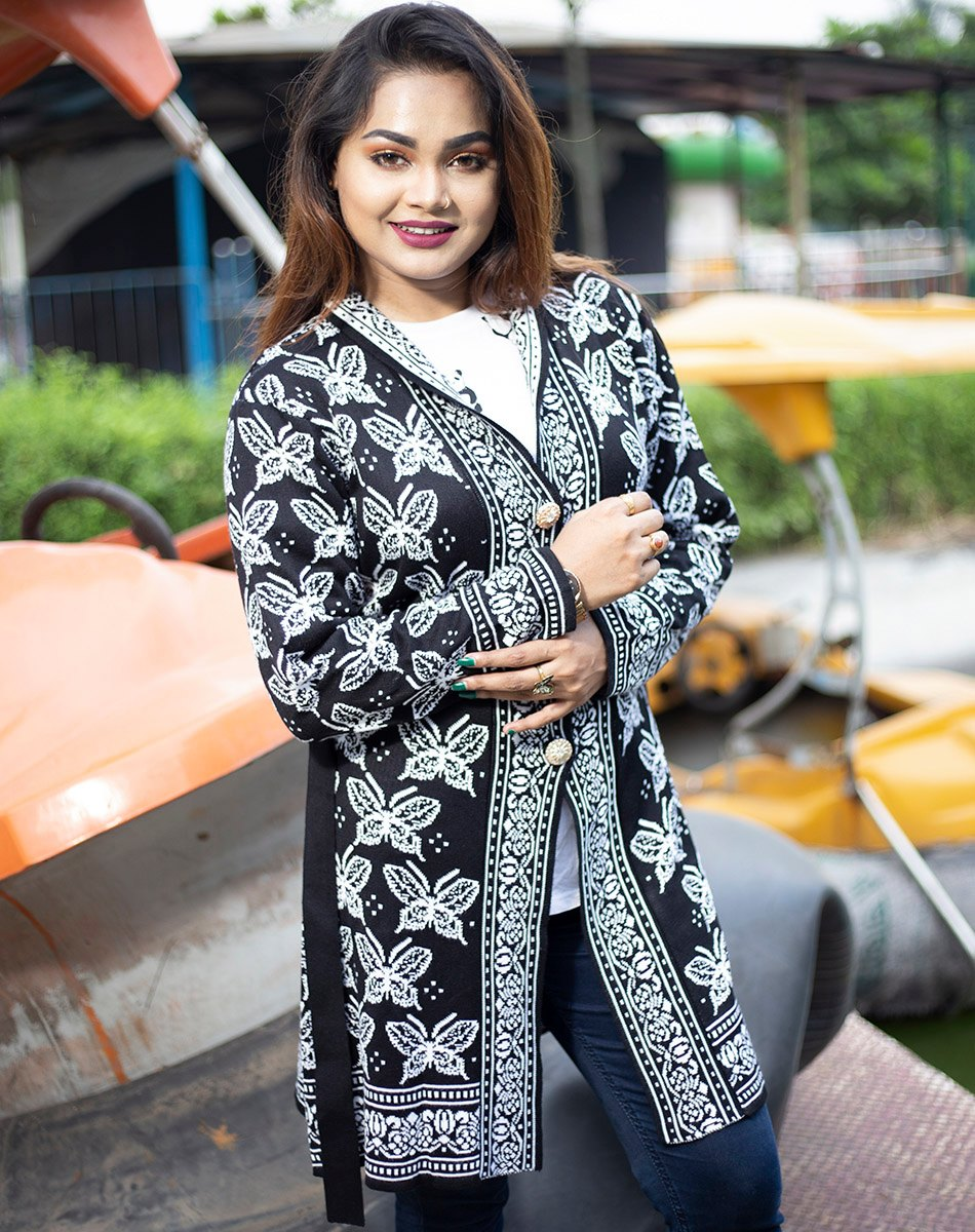 Women Black & White Front Open Butterfly Design Cardigans