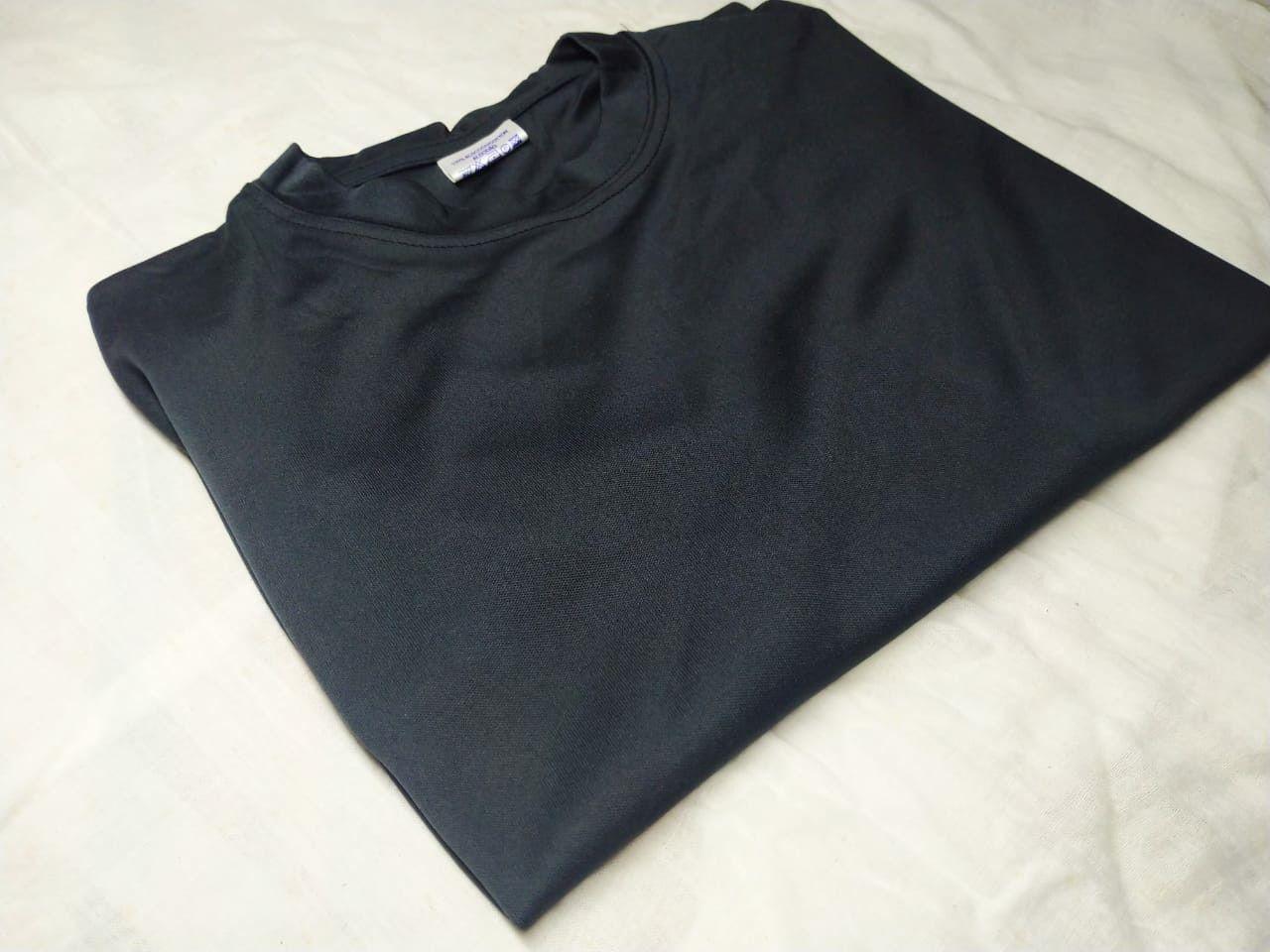 Solid T-Shirt - Black