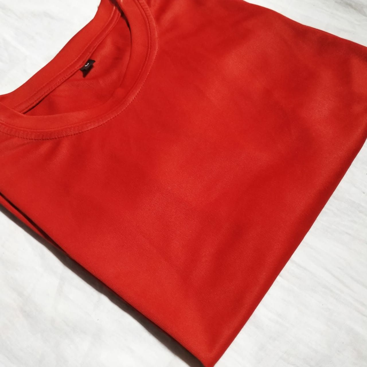 Solid T-Shirt - Red