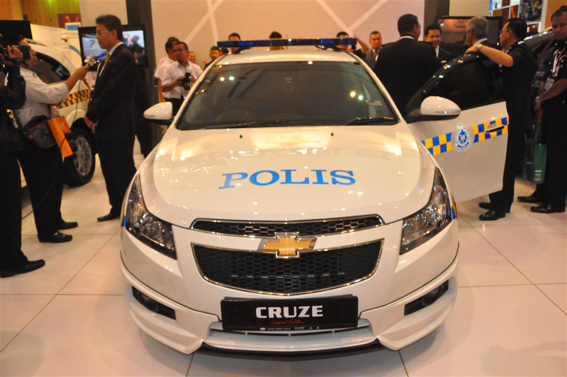 Chevrolet Malaysia Pdrm At 2011 Gpec 43 Chevrolet Cruze Police