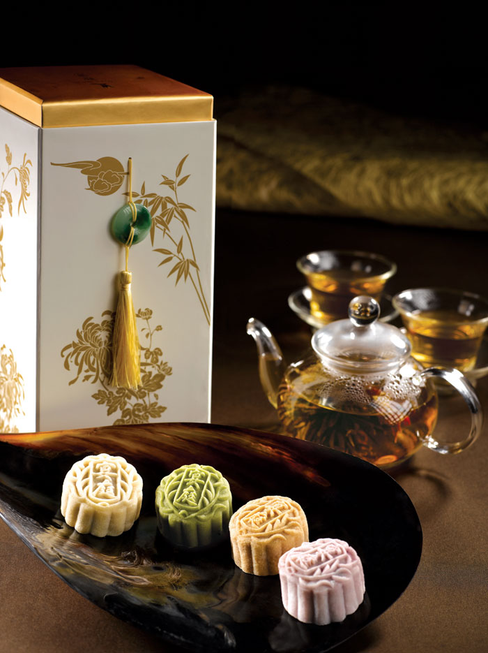 st-regis-royal-milk-tea-snowskin-mooncakes