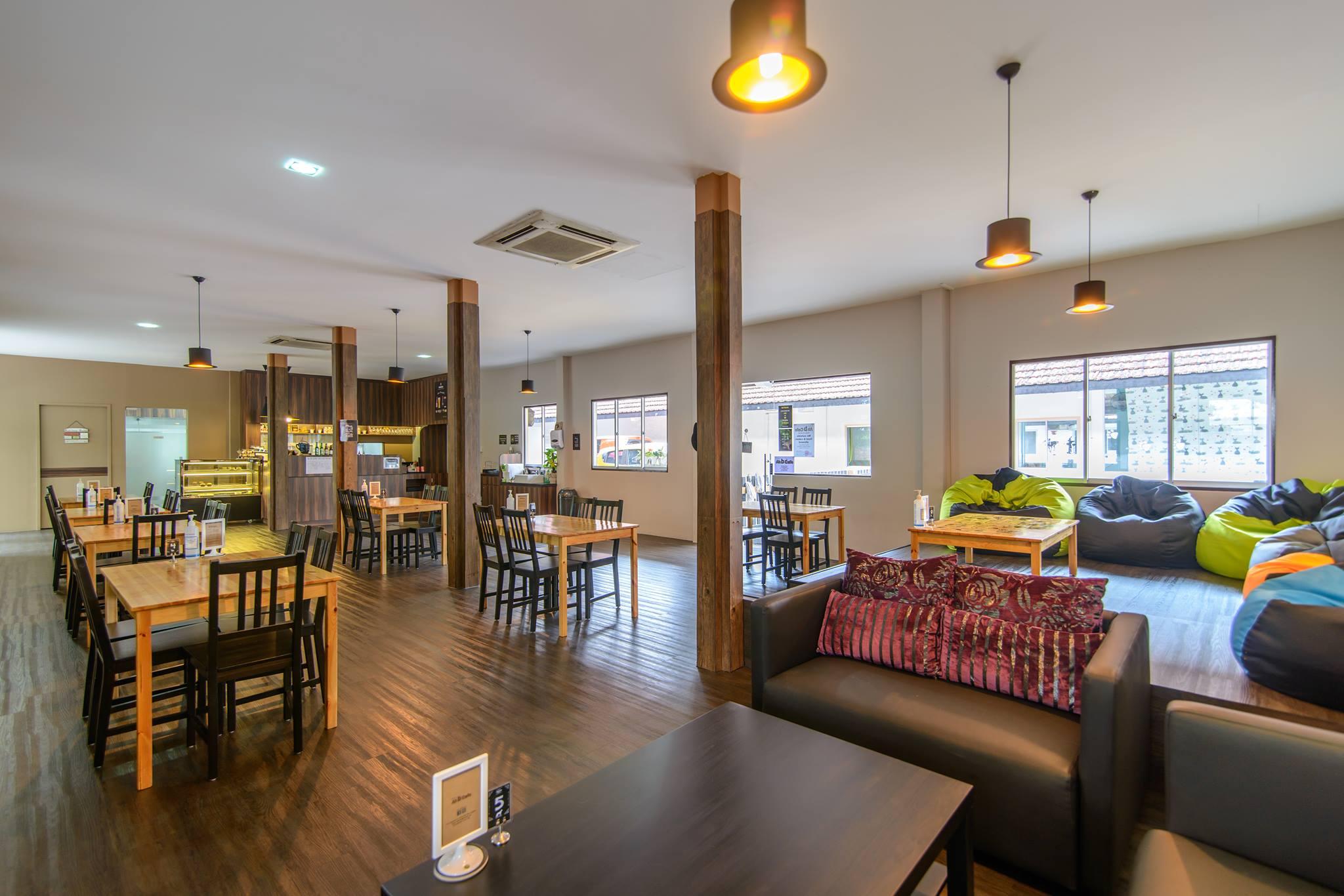 A Huge List Of Singapores Pet Friendly Restaurants Cafes