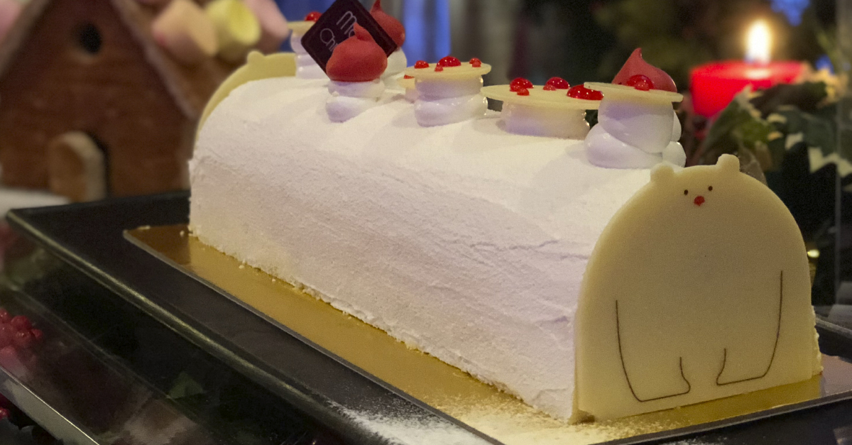 Snow White Coconut Pineapple Log Cake