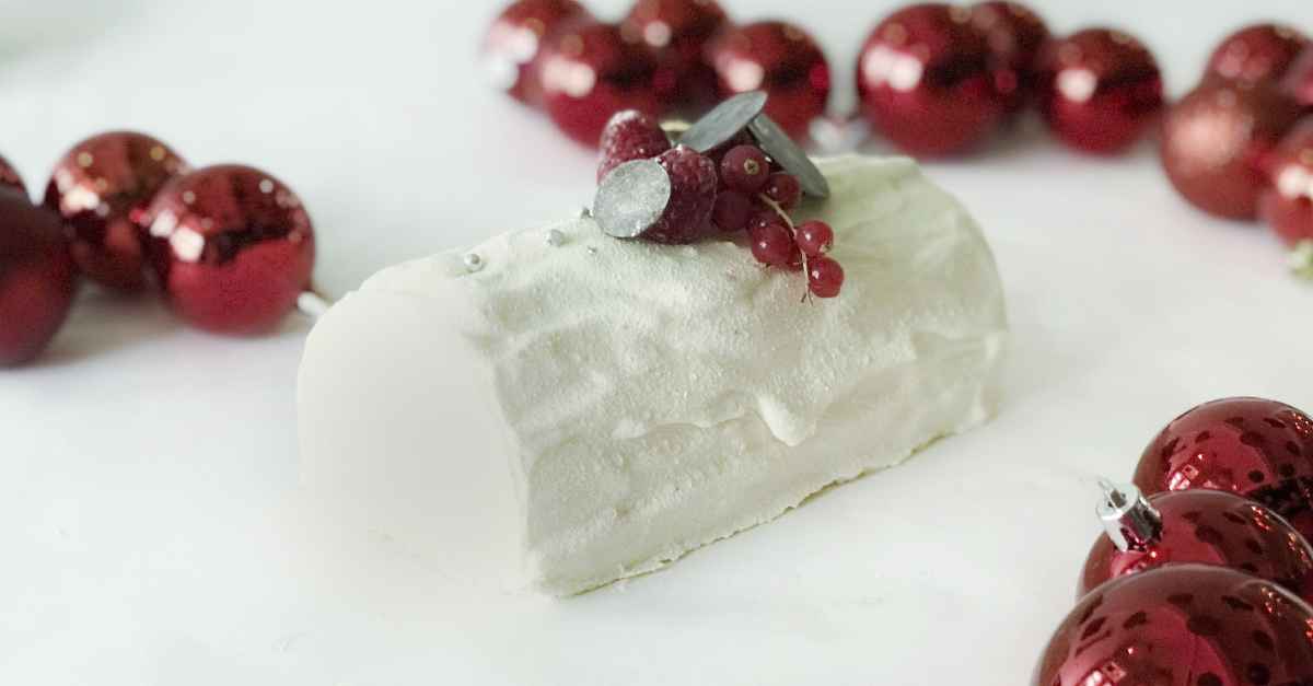 Christmas White Night Log Cake
