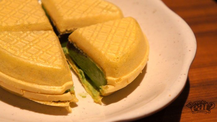 sushi-tei-green-tea-waffle