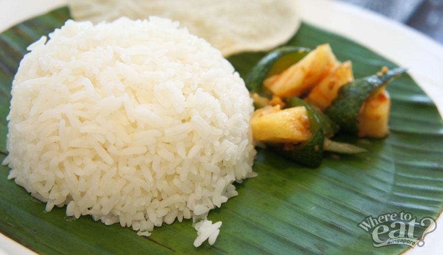 white-rose-cafe-white-rice