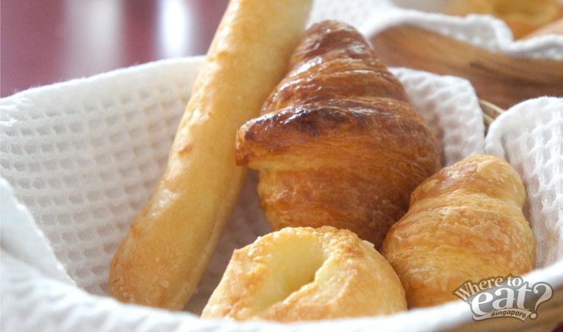 Petite Bread Basket