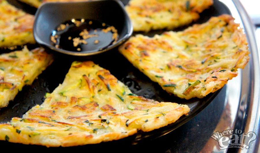 Ho Bak Jun (Zucchini Pancake)