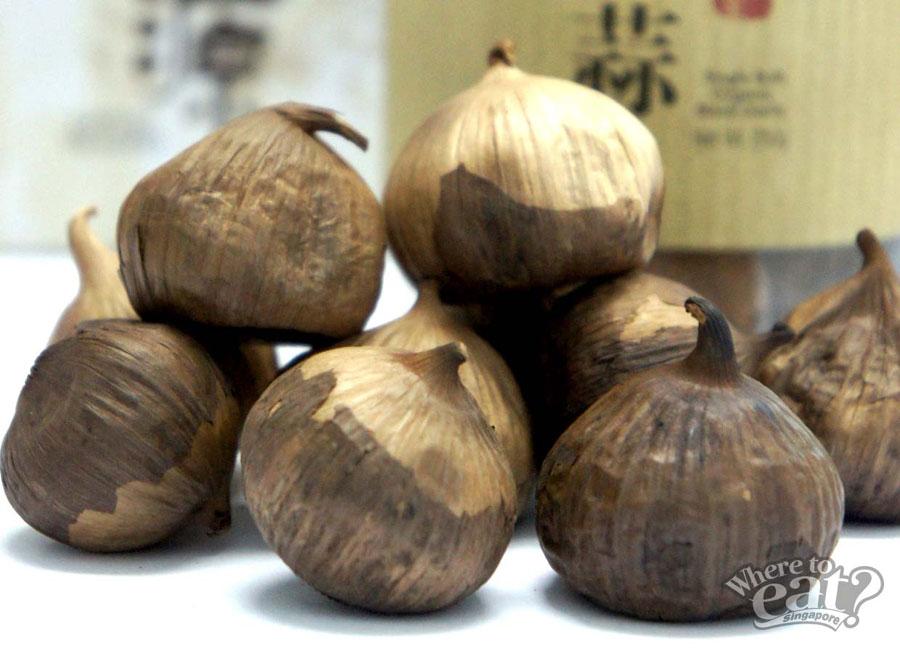 Single Bulb Organic Black Garlic