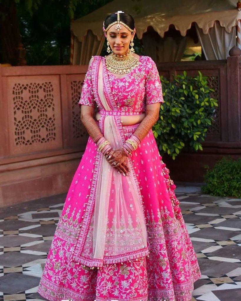 Gujarati bride in pink lehenga