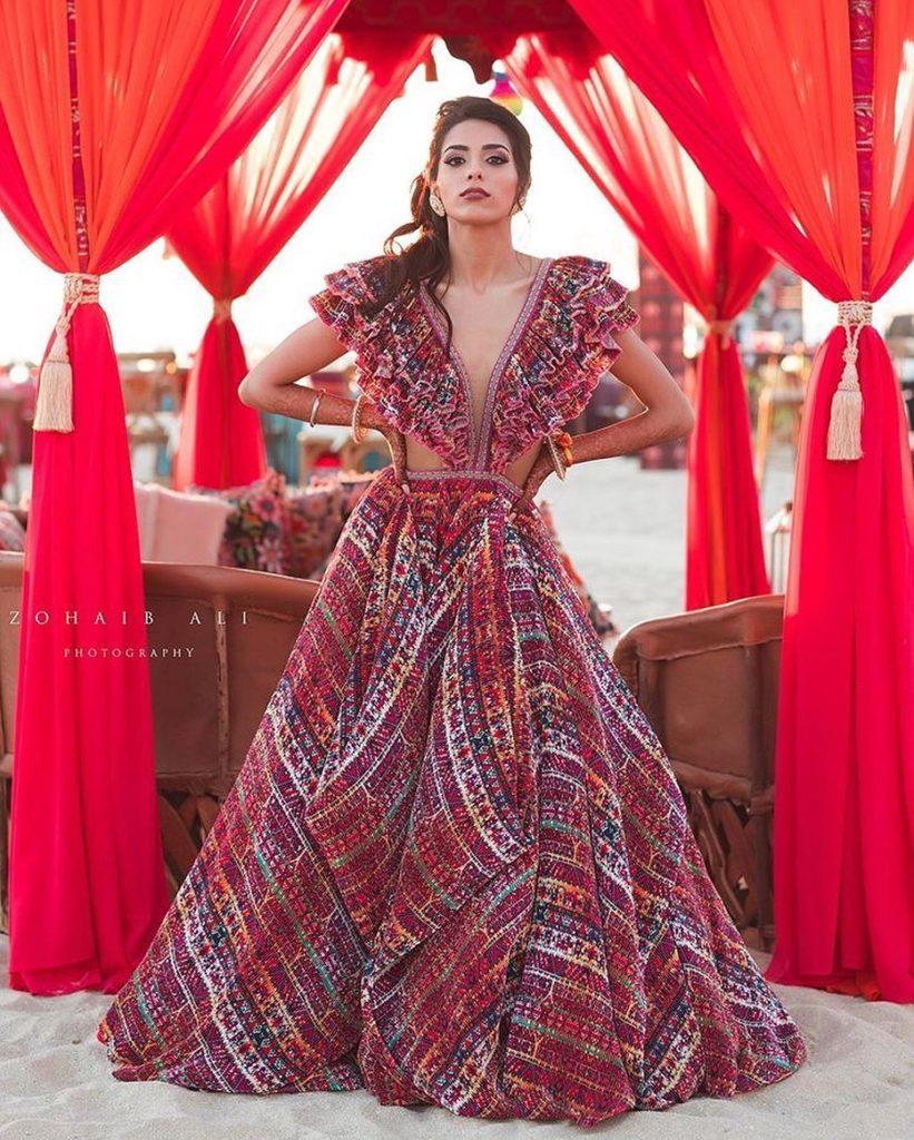 Designer Mehendi Outfit
