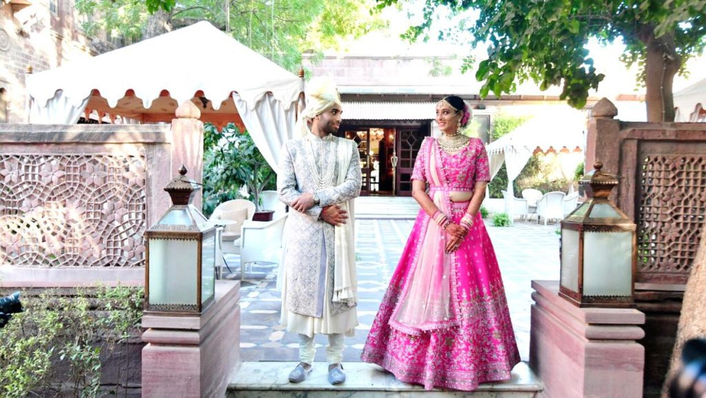 Gujarati bride & groom wedding dress