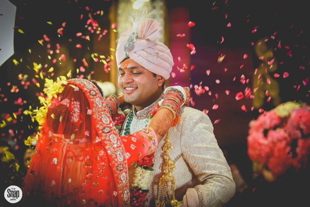 Indian bride & groom varmala photos