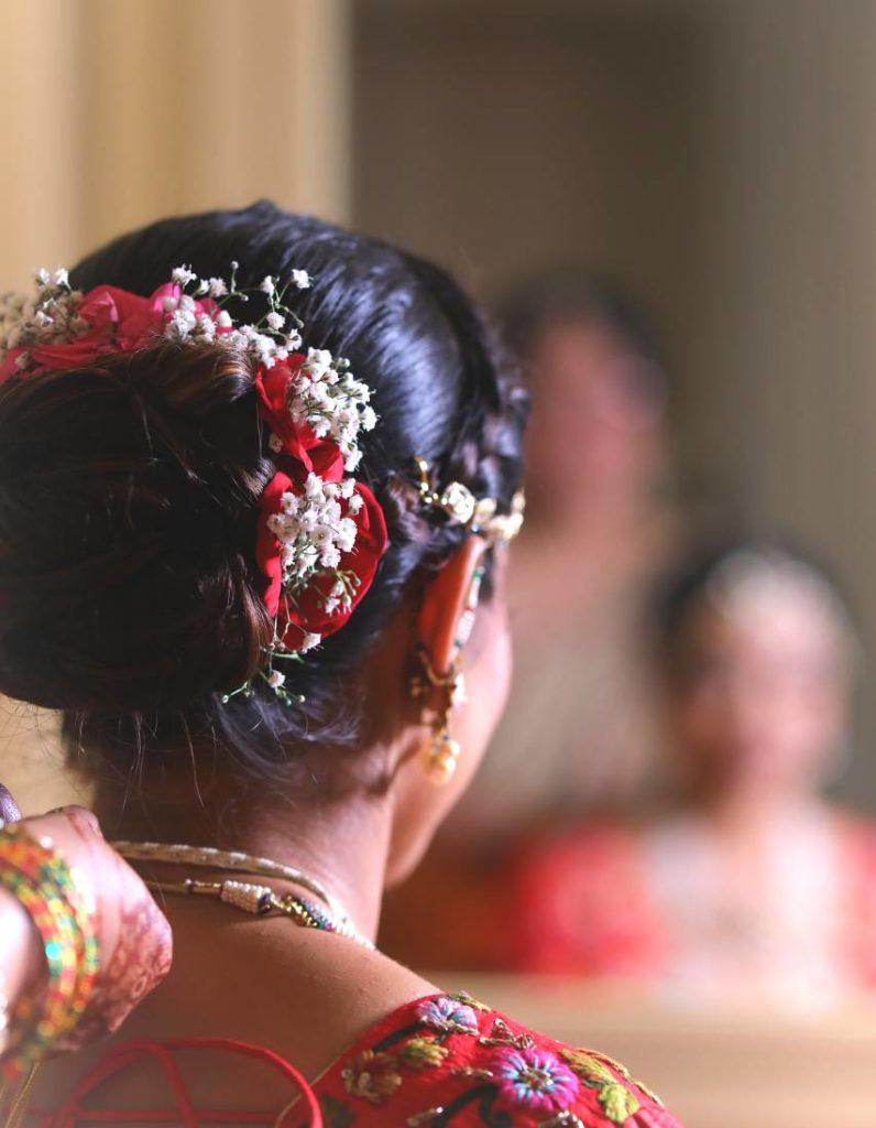 Floral hairbun for brides