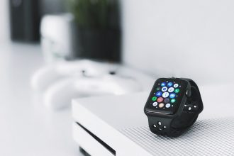 Apple Watch - Photo by David Švihovec on Unsplash