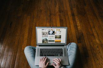 E-Commerce - Photo by Andrew Neel on Unsplash