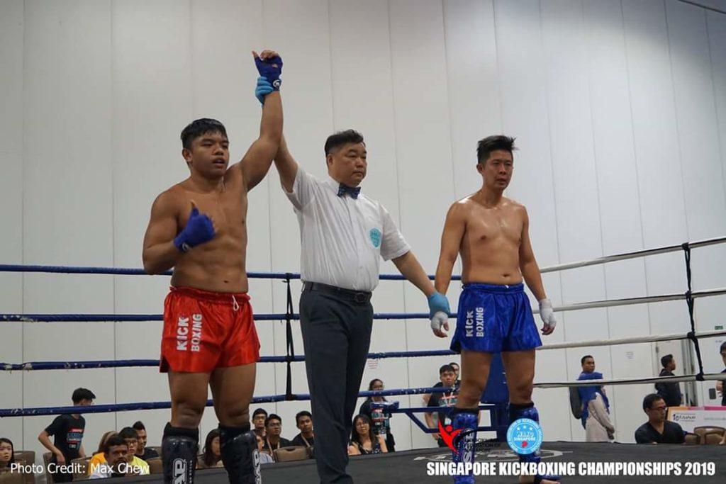 Nazri-Sutari-Muay-Thai-Class-Trainer