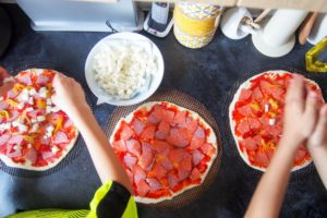 Cooking-with-kids-holidays