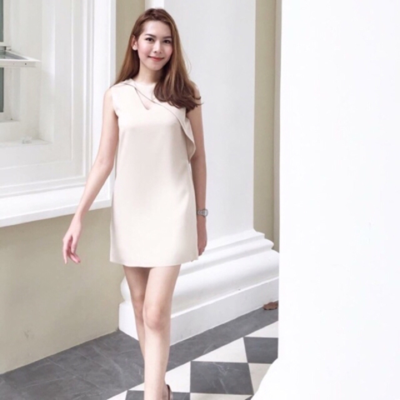 [ Soft Cream Dress With Detail At Neck - 1,341 THB ]