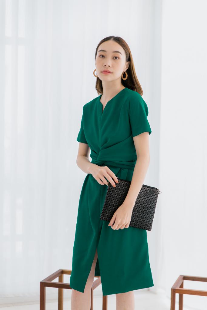 [ Twisted Dress (Green) - 2,490 THB ]