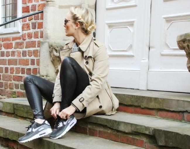 Nike_AirMax_Blogger_b1