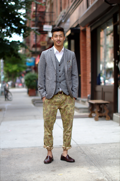 grey-suit-with-camo