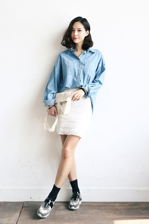 Patch-Pocket-Denim-Shirt-11