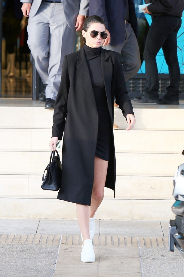 kendall-jenner-wears-the-sneakers-all-the-parisian-girls-have-1605125-1450727390.640x0c