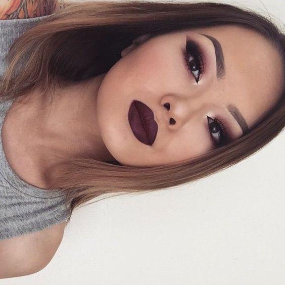 makeuploversunite.com