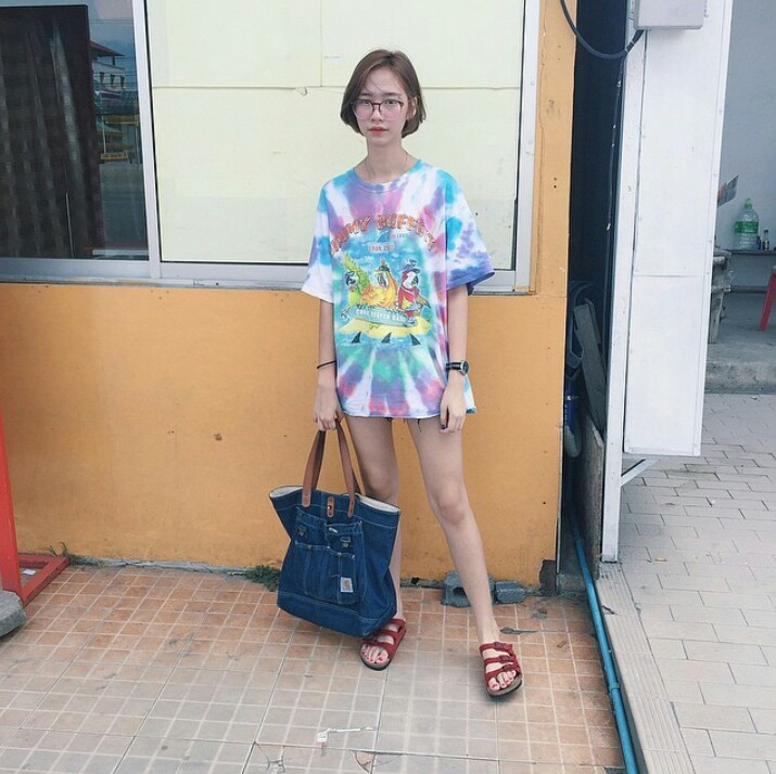 girl with flipflop_๑๗๐๕๒๒_0012