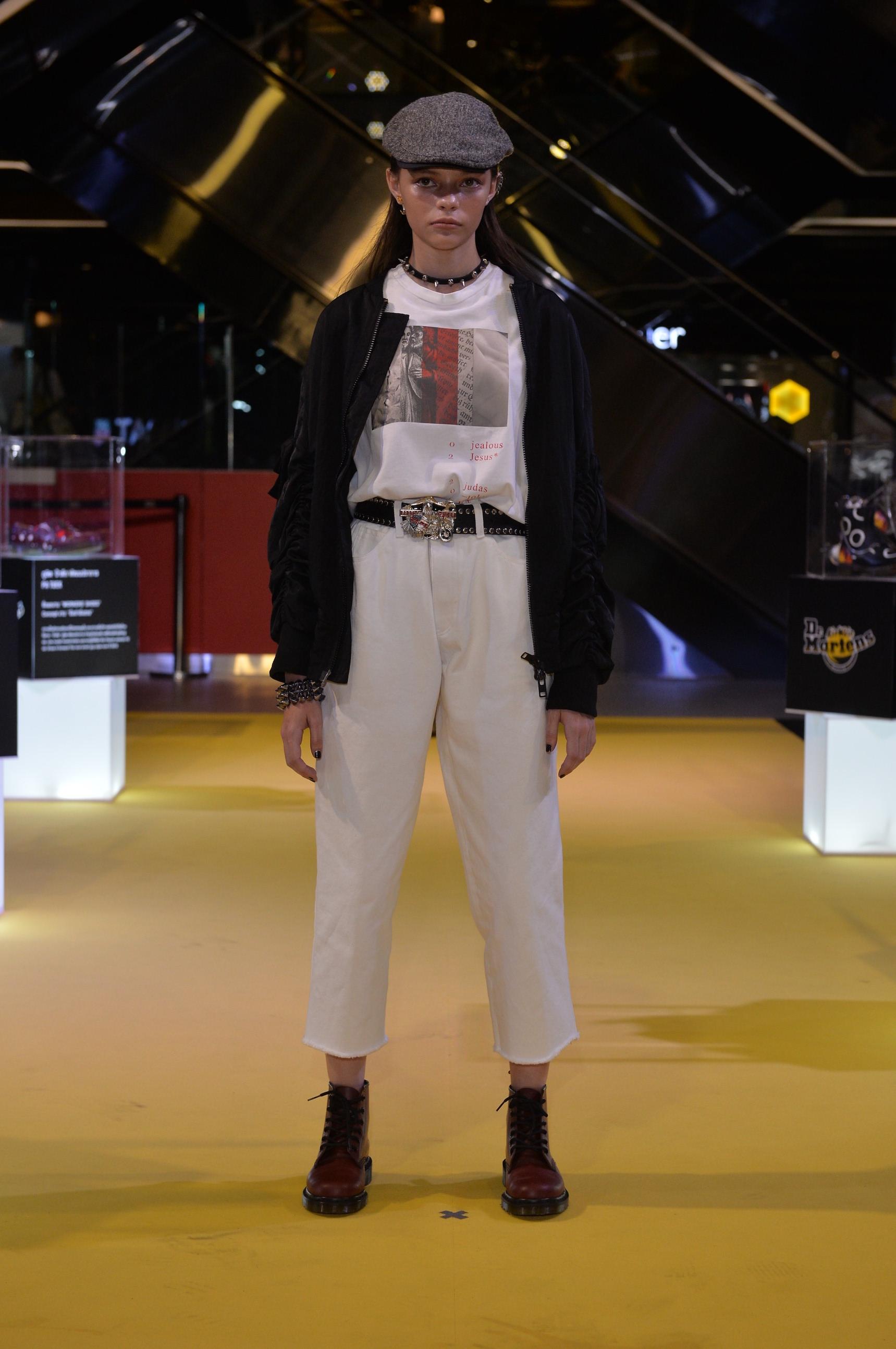 Live Exhibition Fashion Show (11)