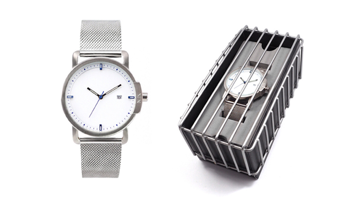 นาฬิกาสายสแตนเลส