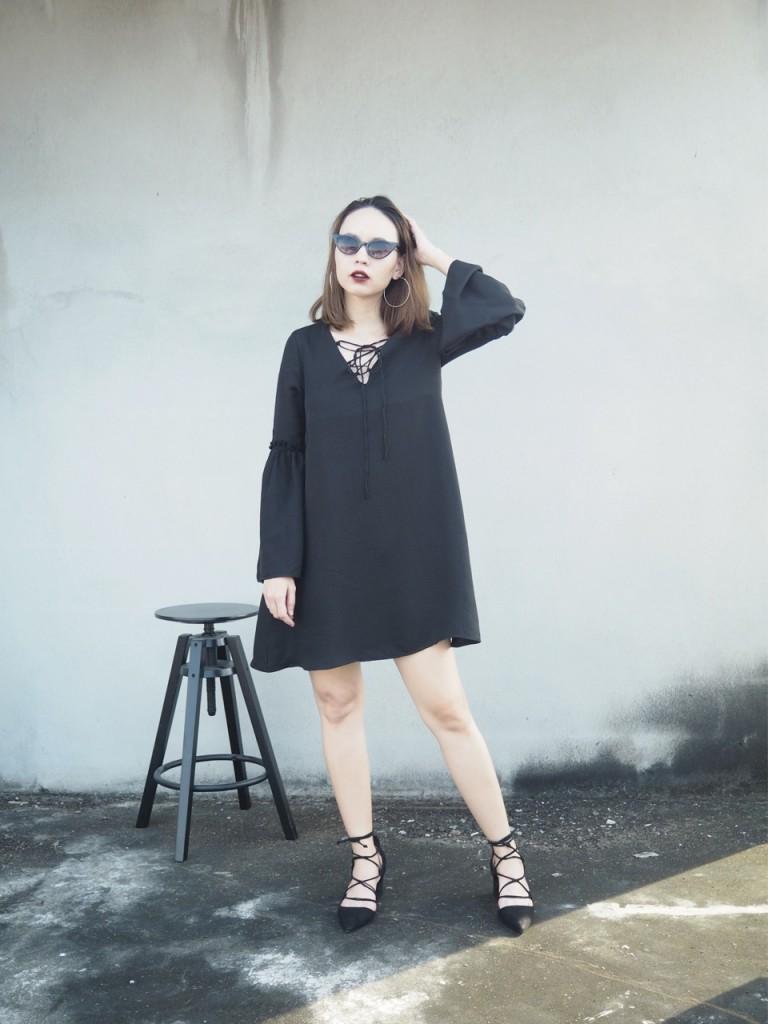 เสื้อผ้าสีดำ