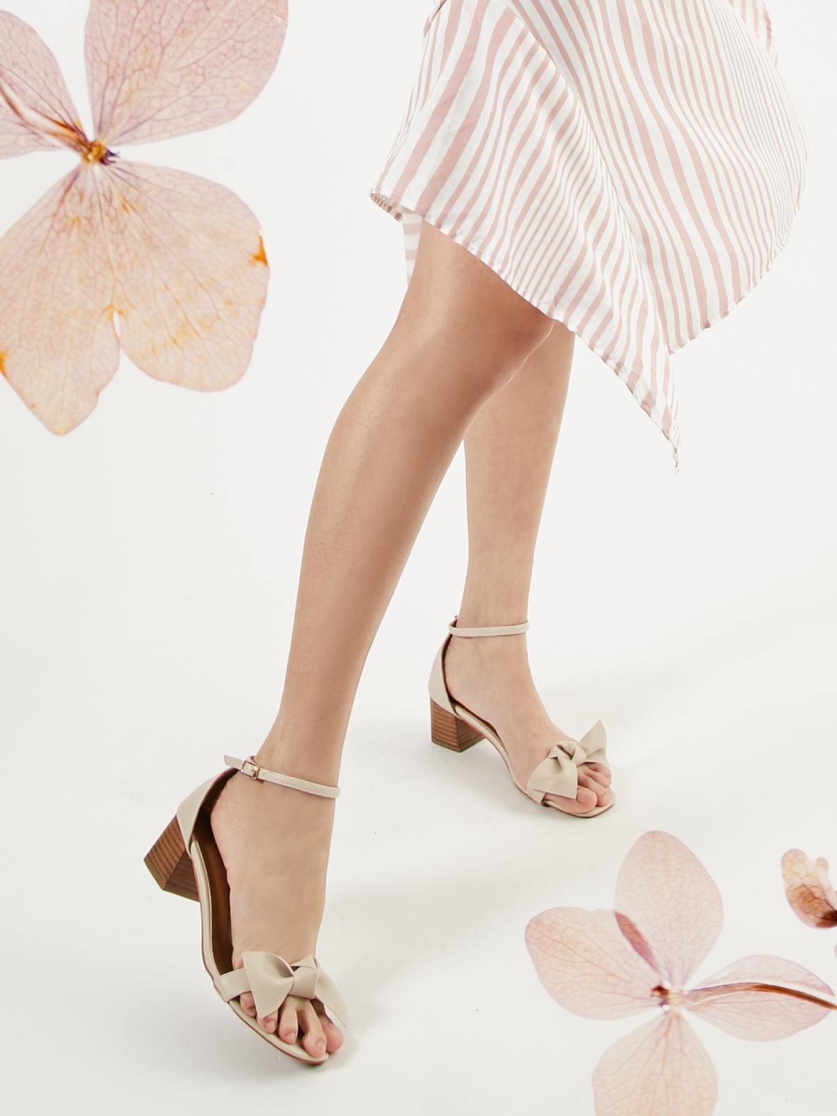 shopspot_fs3_shoes_01