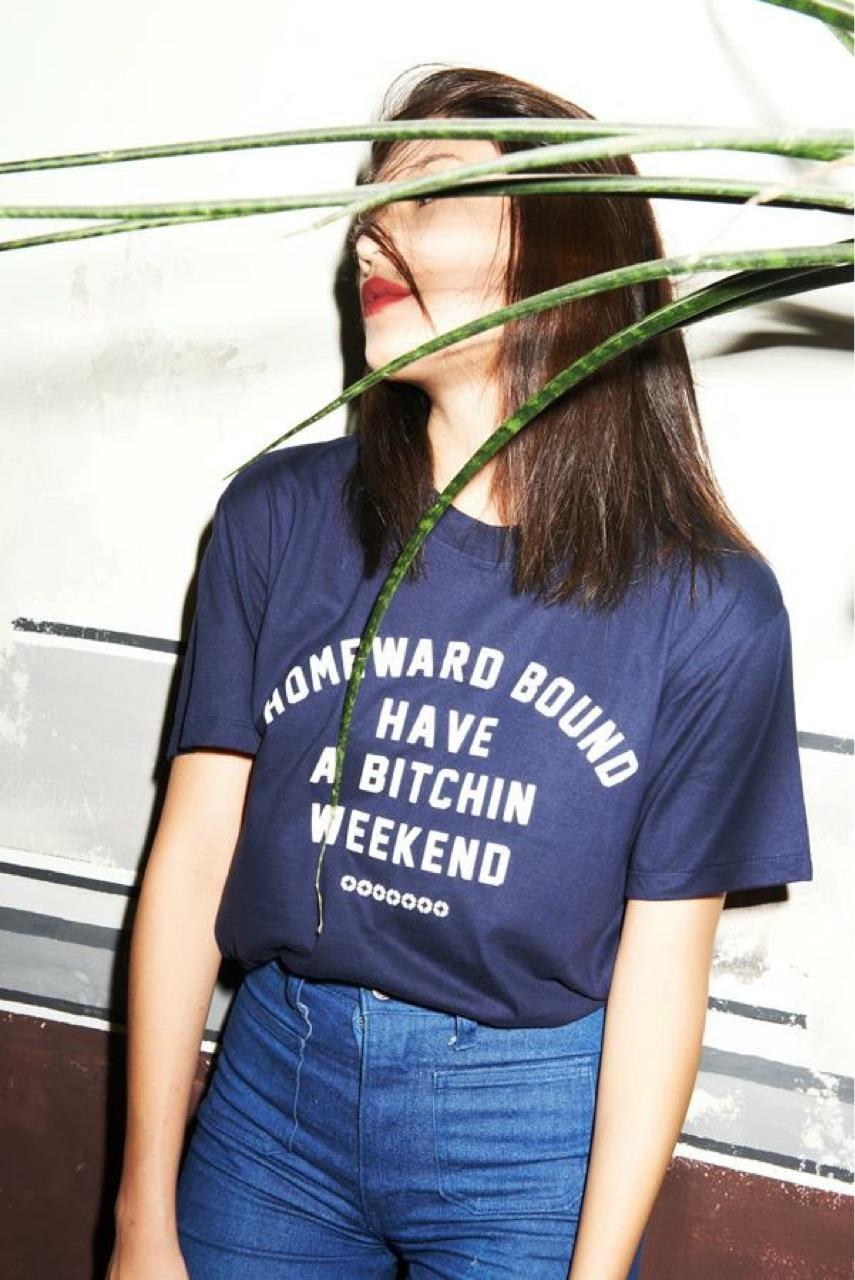 เสื้อยืดคอกลม BW_TEE : 290 THB - HOMEWARDBOUNGSHOP -