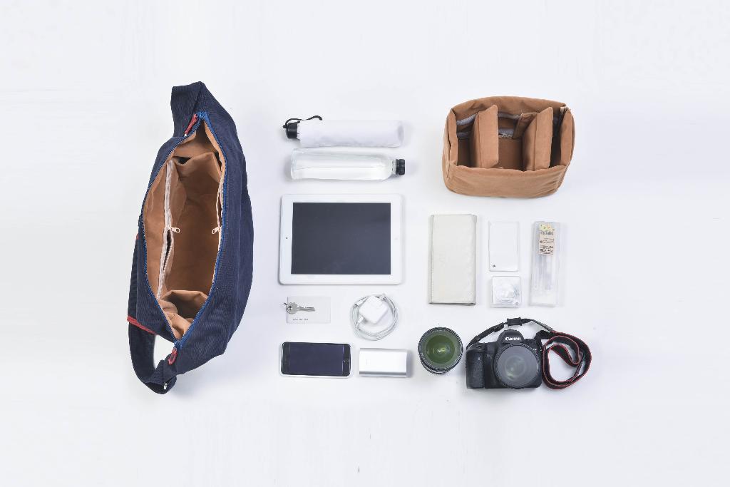 "[ Bokeh Camerabag ""Classic Navy"" - 1,990 THB ]"