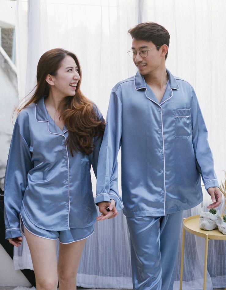 x ชุดนอนผ้าซาติน Blue Stone Pajamas - 890 THB x