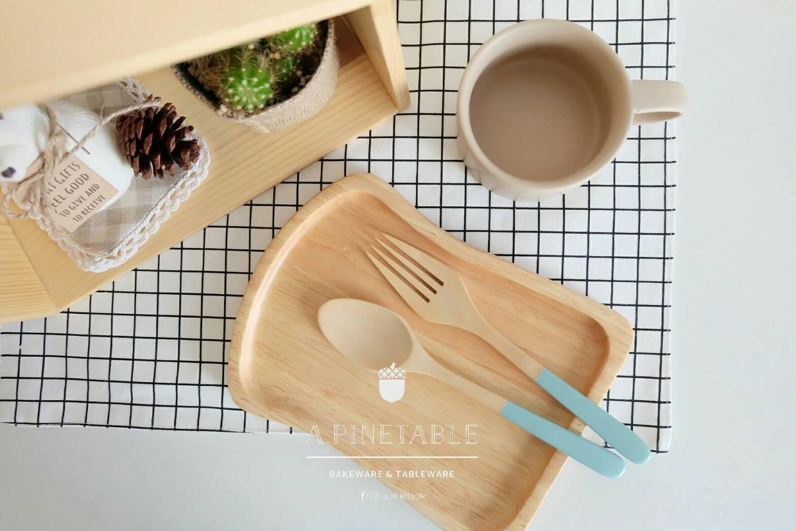 [ อุปกรณ์เครื่องครัว จานไม้ Bread wooden plate - 160 THB ]