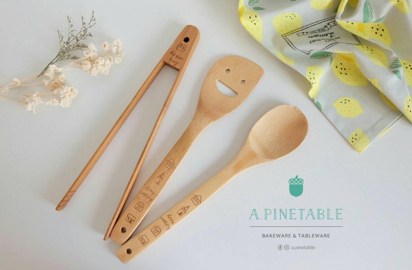 [ อุปกรณ์เครื่องครัว Cutlery set - 420 THB ]