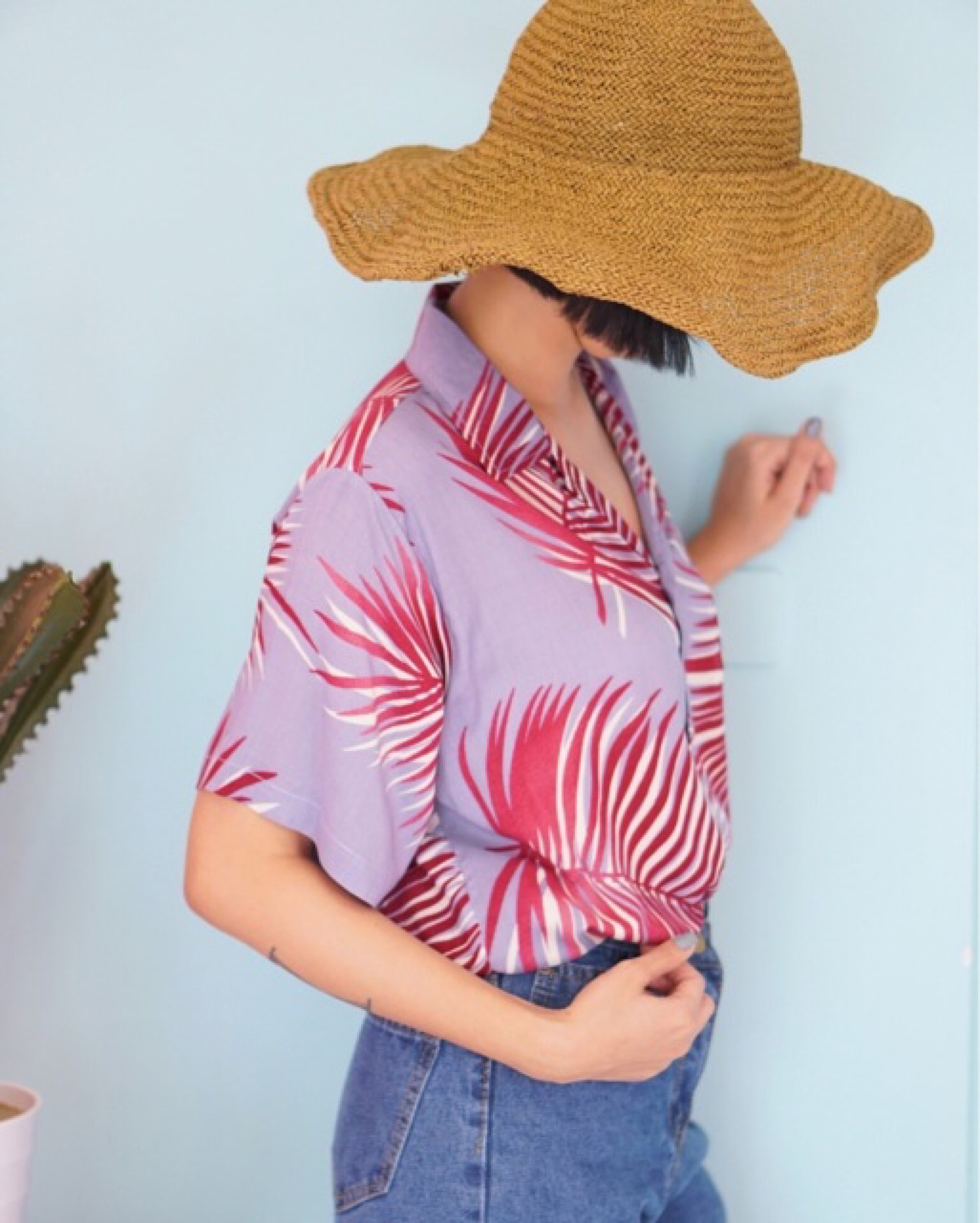 เสื้อฮาวายสีม่วง