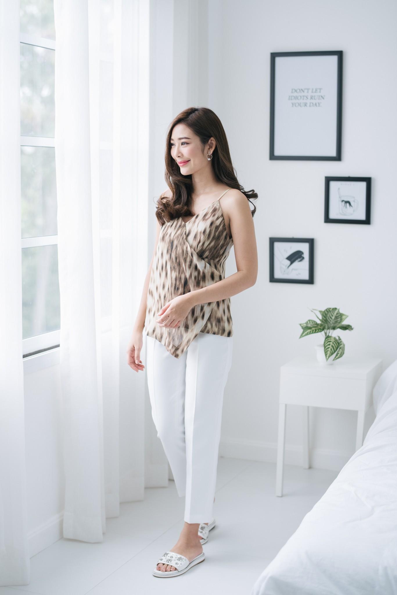 Cream Leopard Cami - 790 THB