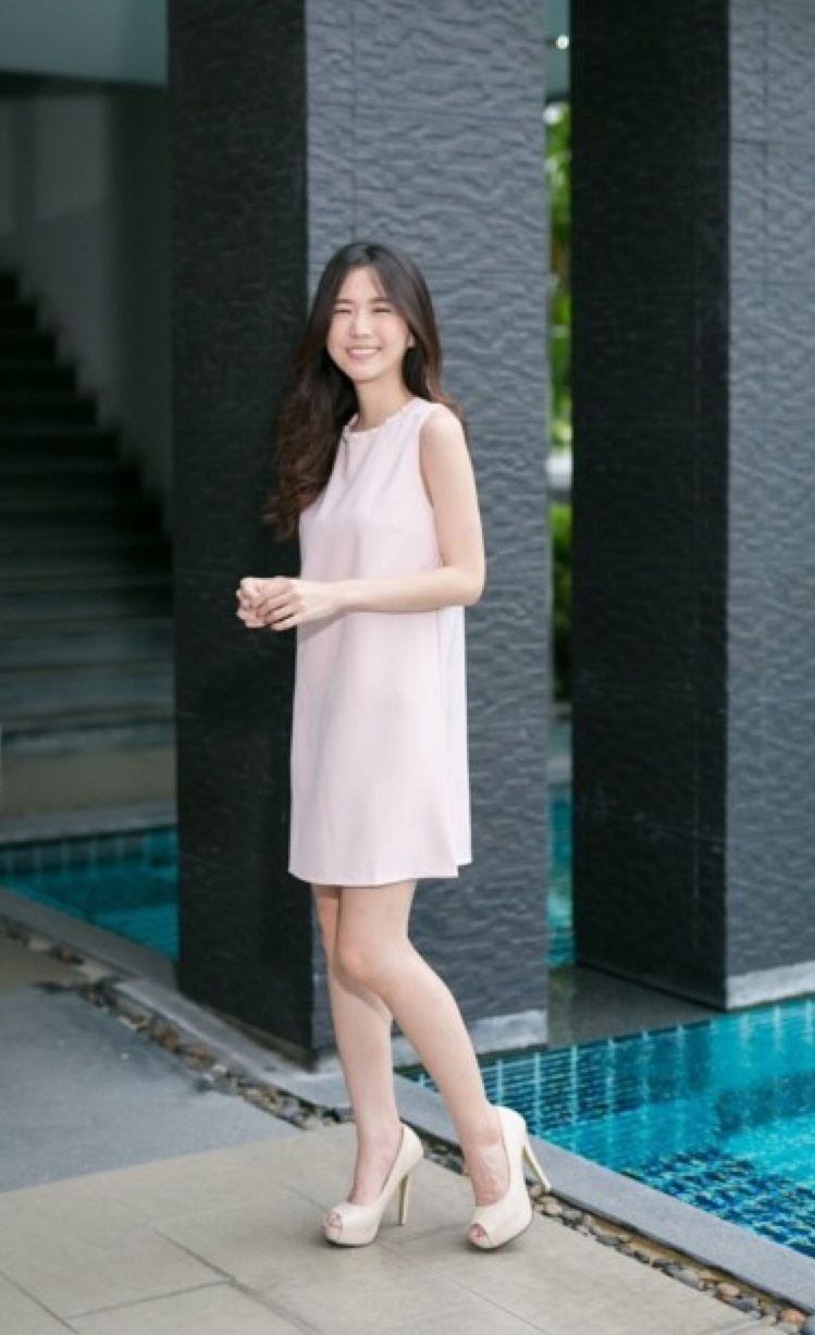 [ Paru shift dress - 650 THB ]