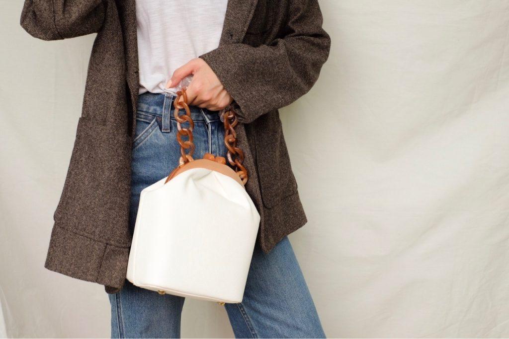 กระเป๋าสะพายผู้หญิง