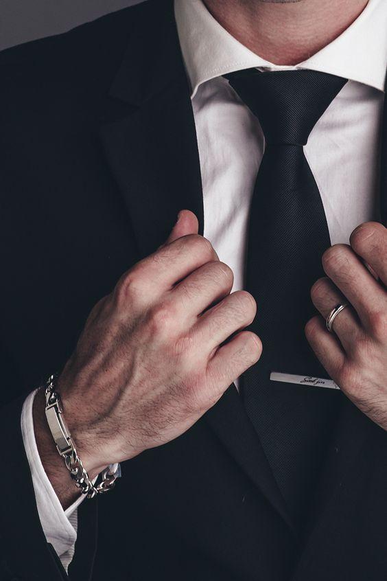 สร้อยข้อมือสำหรับผู้ชาย