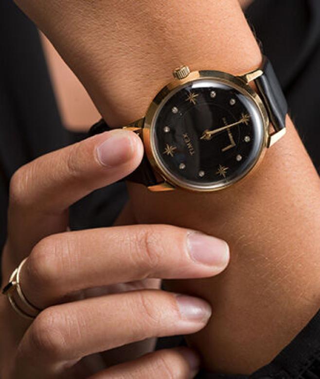 5 นาฬิกาข้อมือ สีดำ รุ่นใหม่ล่าสุด สุดเท่ ดูลึกลับ มีเสน่ห์ น่าค้นหา