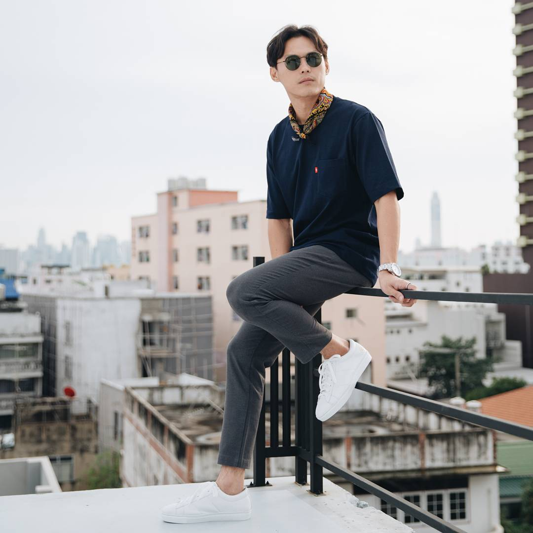 Thai Sneaker